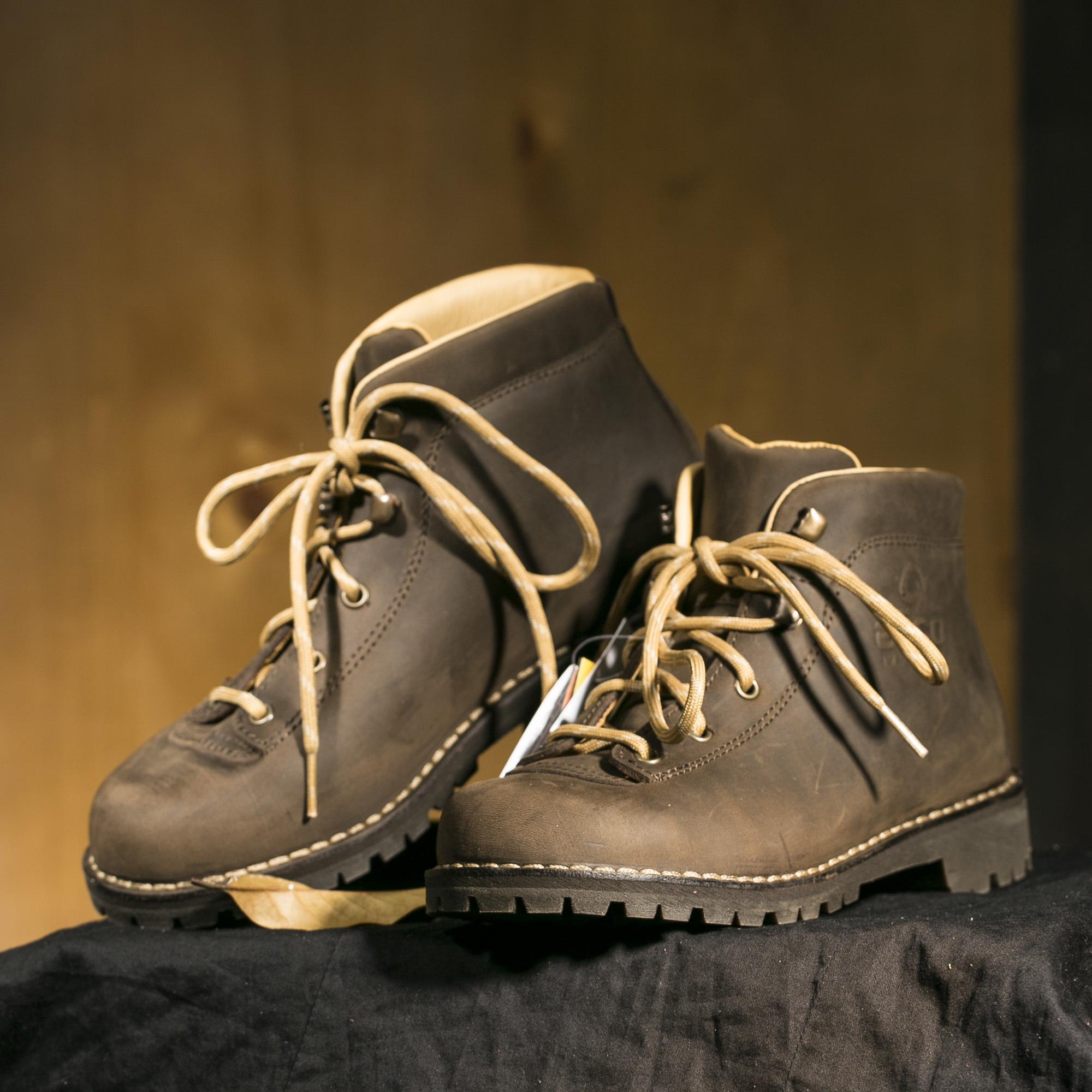 意大利原产alico 阿里克专业户外BELLUNO司战之神耐磨鞋女士 深棕色 37