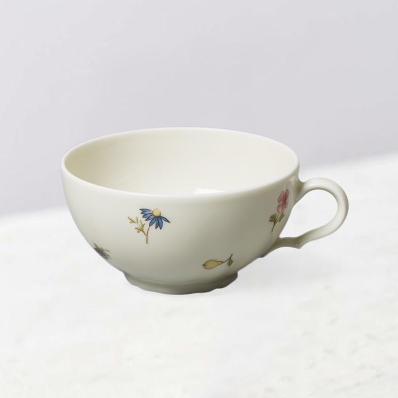 德国原产Seltmann Weiden瓷器餐具象牙色带彩色小花系列 茶杯140ml