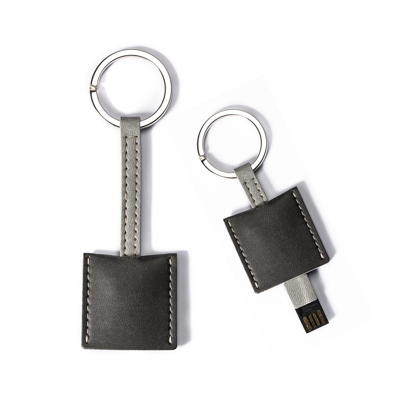 意大利原产Reflexa维耶勒法兰绒钥匙扣/圈+USB内存U盘8GB 黑色